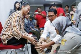 23 difabel di Jabodetabek terima bantuan kaki palsu