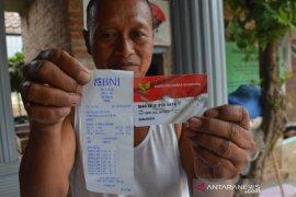 Penyaluran BPNT di Jombang, saldo KPM kosong hingga kualitas beras buruk