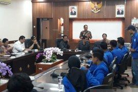 Pimpinan-anggota DPRD Jember dukung tuntutan mahasiswa tolak UU KPK dan RKHUP