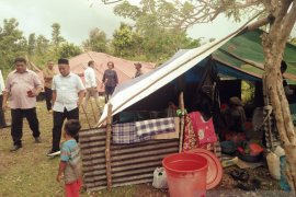 Kondisi warga tiga desa di pengungsian sangat memprihatinkan