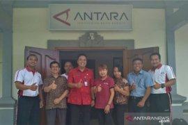 Kabag Humas Setdakab Badung kunjungi LKBN ANTARA Bali