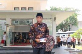 Presiden Jokowi meninjau kesiapan normal baru di masjid Istana Jakarta