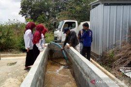 PMI Bangka Belitung bantu 15.000 liter air bersih kepada warga