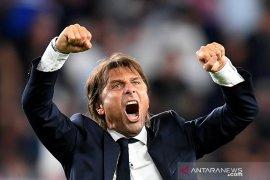 """Antonio Conte marah besar terhadap jadwal """"gila"""" Serie A"""