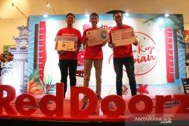 Tiga anak milenial jelajahi Indonesia