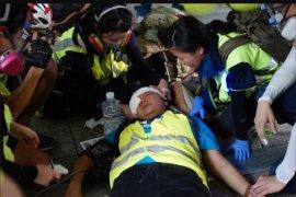 Wartawan Indonesia tertembak peluru karet saat liput demonstrasi Hong Kong