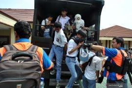 Jadi perbincangan warganet, pembuat grup Whatsapp pelajar STM ditangkap