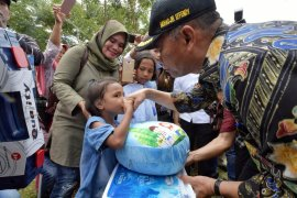 Mendikbud Muhadjir Effendy bertemu siswa terdampak gempa di Pulau Ambon