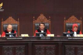 MK gelar sidang pendahuluan uji materi revisi UU KPK