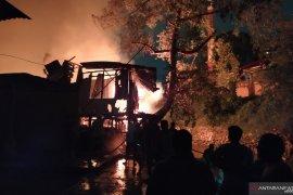 Kebakaran hebat di Medan, puluhan rumah hangus terbakar