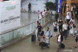 11 penumpang terluka, Pesawat Emirates mendarat di Bali akibat turbulensi
