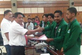 Proses pengusulan empat calon pimpinan DPRD Maluku terhambat  SK DPP Gerindra
