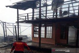 Empat rumah di Banua Lawas ludes terbakar