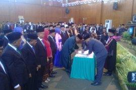 Pelantikan dua anggota DPRD Maluku tergantung SK Mendagri