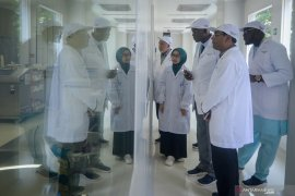 OIC delegations visit vaccine production in Bandung