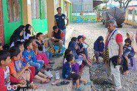 Tim kesehatan layani pengungsi korban demo antisipasi penyakit berbasis lingkungan
