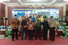 Kodim 0209/LB- Pemkab Labusel gelar baksos TNI KKBPK-Kes