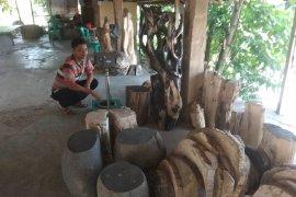 Tembus pasar mancanegara, kerajinan batu fosil Lebak