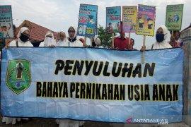 Mirip aksi demontrasi mahasiswa, DP3A Sosialisasikan programnya.