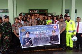Polda Maluku dan Polres Ambon buat kejutan perayaaan HUT TNI