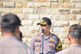 Polresta Tangerang beri kejutan Kodim Tigaraksa pada HUT TNI berupa sajian musik dan tarian tradisional