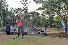 Gubernur Arinal Djunaidi Membuka Turnamen Golf Terbuka Lampung Post 2019