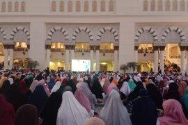 Tausiyah dan subuh akbar bersama UAS di Masjid Raya Mujahidin Pontianak