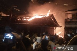 Satu orang meninggal dalam kebakaran di Palembang