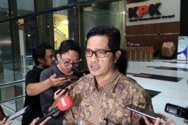 KPK mengamankan Rp600 juta terkait OTT Bupati Lampung Utara