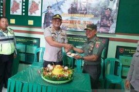Momen HUT TNI, Kapolsekta jaga kekompakan dengan Danramil