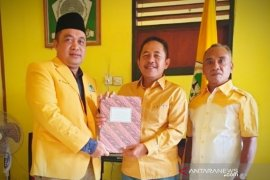 Delapan calon Daftar ke Golkar, termasuk H Asoy siap berpasangan H Zanie