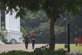 Jokowi and Dutch PM wear batik in their meeting