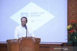 Direktur Kantor Internasional Universitas Pancasila  Eddy Pratomo paparkan tantangan negosiasi batas laut