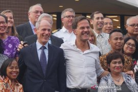 PM Belanda tak besuk ibu yang sakit hingga jelang ajal saat  corona