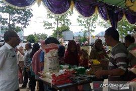 Warga antusias manfaatkan pasar murah di Mentok