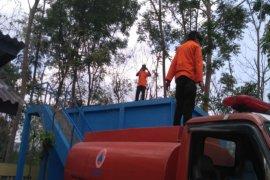 Distribusi air  oleh BPBD Sleman terkendala minimnya mobil tangki