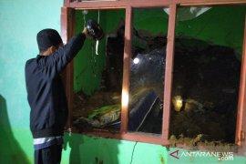 Satu hari terjadi enam bencana alam di Cianjur