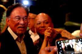 Anwar Ibrahim sebut peralihan kekuasaan di Malaysia pada pertengahan 2020