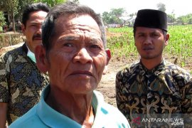 Sumbangan tanah Warga dan rumah Lombok Tengah  untuk jalan