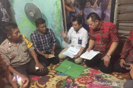 Jenazah Wartono korban jembatan runtuh tiba di rumah duka di Cirebon