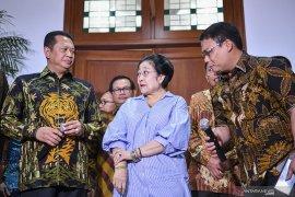 MPR sebut pelantikan Presiden tidak terganggu kasus dialami Wiranto