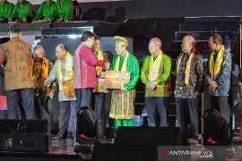 Gubernur Riau terima sertifikat penetapan Warisan Budaya Tak Benda