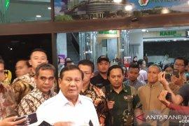 Ini kata Prabowo soal Wiranto ditusuk