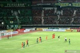 Hasil Liga 1: Persebaya vs Borneo FC 0-0 di babak pertama (Video)