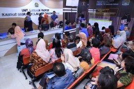 Baru beroperasi, ULP Pasar Atom Surabaya layani 100 pemohon paspor/hari