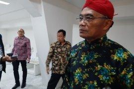 Mendikbud minta masyarakat doakan untuk kesembuhan Wiranto