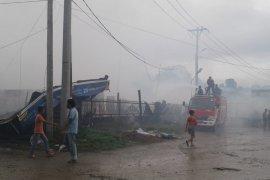 29 unit ruko terbakar di Sinabang