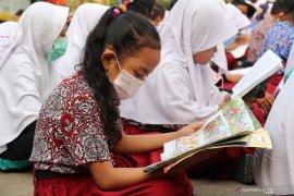 Asap di Kota Jambi semakin pekat, sekolah pulangkan siswa lebih awal