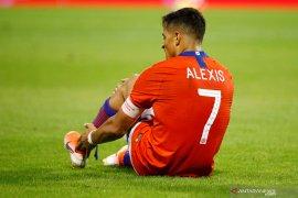 Alexis Sanchez cedera saat membela timnas Chile