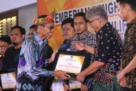 Biro Antara Kalsel Raih Penghargaan KPU Kalsel